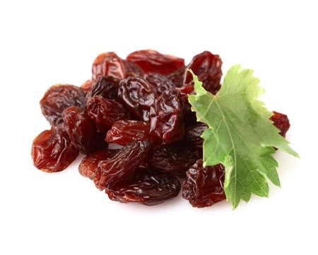 Raisins with leaf Stock Photo - 15439294