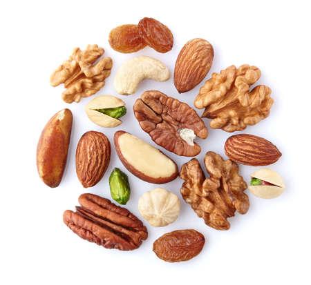De mengeling van noten op een witte achtergrond