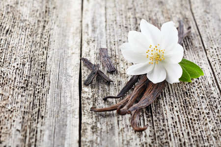 Jasmine with vanilla on a wooden board