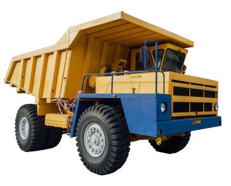 camion volteo: Dumper minero pesado aislado en blanco