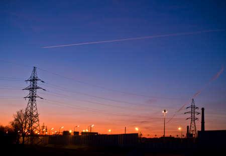 industrial landscape: Panorama industriale a bagliore di sera