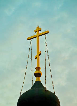 gilded cross on church top Stock Photo - 11368148