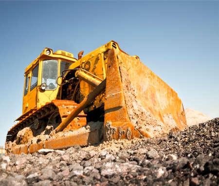 miry: bulldozer