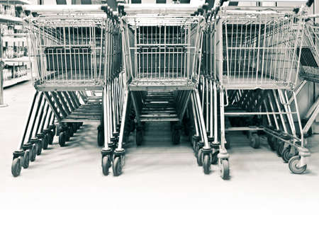 shoppingcarts: shopping-carts