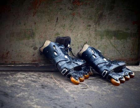 rollerskates: old rollerskates