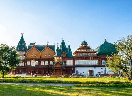 palacio ruso: Rusia, Moscú, Kolomensky. Reconstruido palacio de la familia real