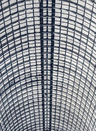 bracing: industrial glazed roof