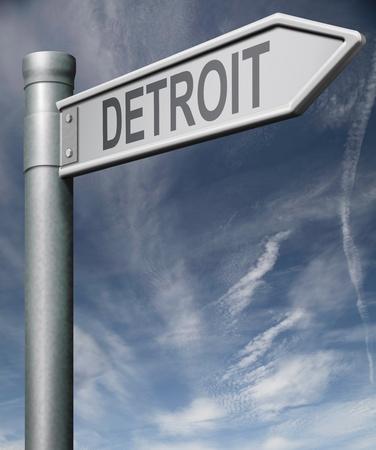 american city: Detroit road sign  isolated arrow pointing towards American city concept travel tourism holiday vacation culture destination route highway in United States of America USA Stock Photo