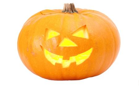 citrouille halloween: Lanterne halloween citrouille isol� sur blanc