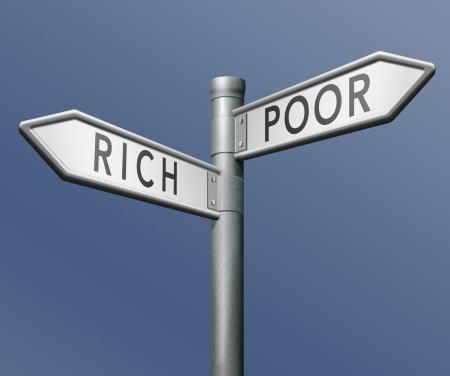 arm of rijk armoede of vermogende gokken en het risico nemen om te winnen of te verliezen Stockfoto