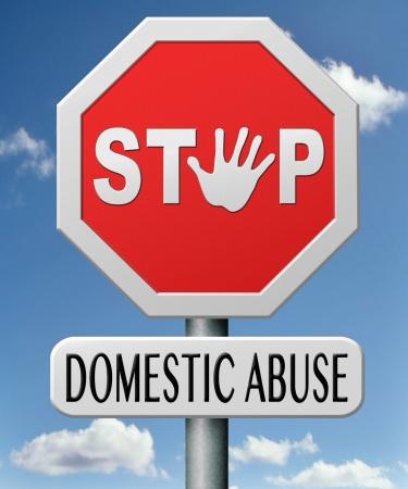 violencia intrafamiliar: violencia dom�stica y sexual del c�nyuge emocionales y familiares de abuso de los abusos Amigas Foto de archivo