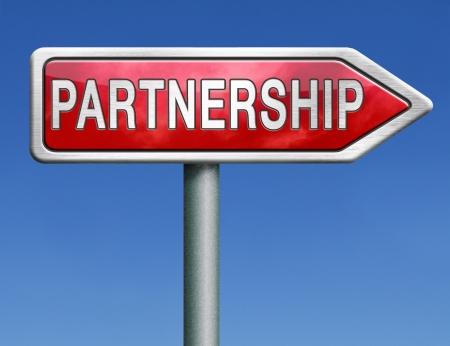 pacto: socios de cooperaci?n de la delincuencia o socio de negocios cooperar pacto