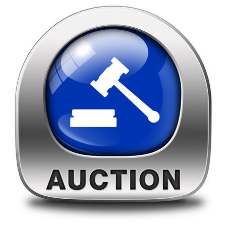 Veiling teken online verkoop bieden en kopen van onroerend goed auto's en huizen Stockfoto