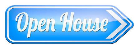 Open huis te koop bord op model huis voor het kopen van onroerend goed