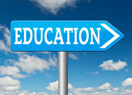 educacion universitaria: educaci�n universitaria o estudio en la universidad o la escuela secundaria y obtener un grado y posgrado