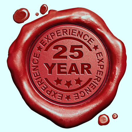 25 Year experience quality and jubileum label guaranteed product red wax seal stamp, Banque d'images