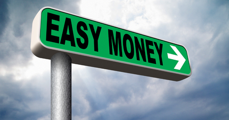 fast easy money quick extra cash make a fortune online income road sign arrow Banco de Imagens