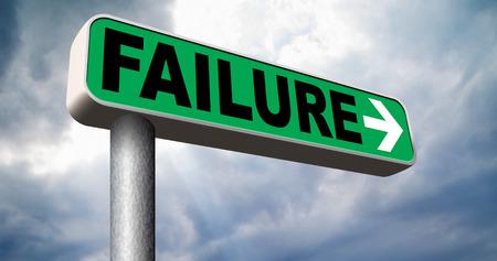 decepci�n: gran fracaso carretera signo flecha que termina en desastre fallan la prueba del examen u otro examen no intento es una decepci�n Foto de archivo