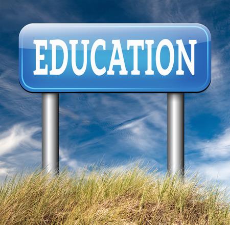 educacion universitaria: educaci�n universitaria o de estudio en la universidad o la escuela secundaria y obtener un grado y posgrado Foto de archivo