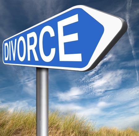 divorcio: papeles de divorcio o documento por el abogado para poner fin a la disolución del matrimonio a menudo después de una pensión alimenticia violencia doméstica
