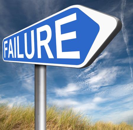desilusion: gran fracaso termina en desastre fallar la prueba del examen u otro examen no intento es una decepción