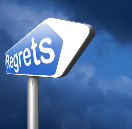 avergonzado: lamentan o no se arrepiente diciendo lo siento y ofrecer disculpas avergonzarse por malas decisiones