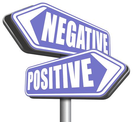 positivismo: pensamiento positivo o pensar positividad o negatividad negativa mirada optimista o pesimista en el lado soleado de la actitud de la vida