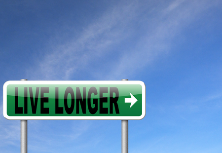 living being: live longer, living a long healthy live using the fountain of youth and being eternal young