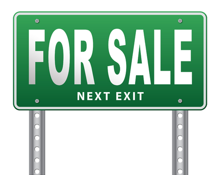 room to let: For sale sign, selling a house apartment or other real estate sign. Home flat or room to let icon. Stock Photo