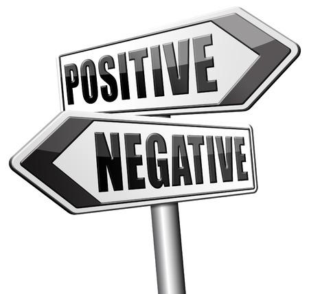 positivismo: optimismo positivo o negativo o pesimismo lado brillante de la vida de positividad y negatividad Foto de archivo