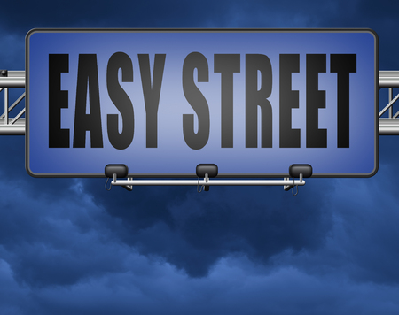 easy street and best way to do things simple and correct no risk and safe Standard-Bild - 89902816