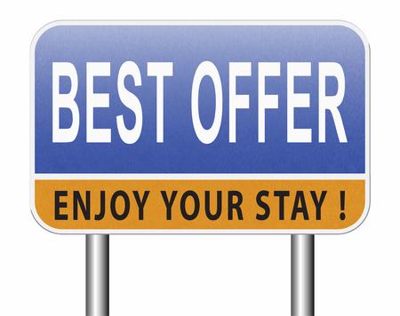 best offer, lowest price and best value for the money. Web shop or online promotion for internet webshop, road sign billboard. Standard-Bild - 89902824