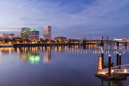 willamette: Portland, Oregon.  Night scene with light reflections on the Willamette River Stock Photo