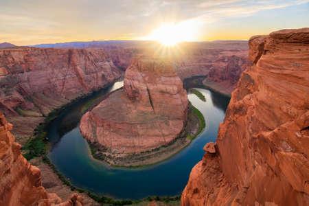 ページ、アリゾナ州ホースシュー ・ ベンドのすばらしい眺め
