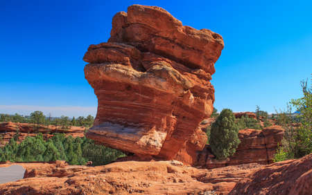 scrambling: Bright Sunny Immage of the Balancing Rock at the Garden of the Gods