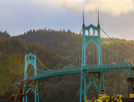 portland oregon: Beautiful Image of Saint Johns Bridge in Portland, Oregon