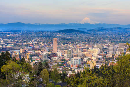 portland oregon: View of Portland, Oregon from Pittock Mansion
