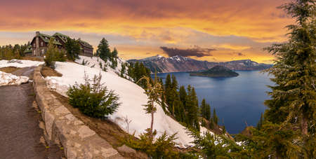 crater lake: Panoramic View of Crater Lake and the Historic Crater Lake Lodge Stock Photo