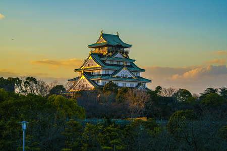 osakajo: Beautiful Sunstet Image of Osaka Castle in Osaka, Japan