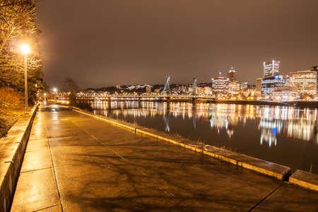 willamette: View of Portland, Oregon overlooking the willamette river