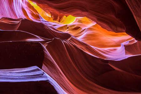 アンテロープキャニオンの中撮影した画像に感激 写真素材