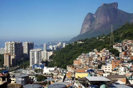 리우데 자네이루 Favela 에디토리얼