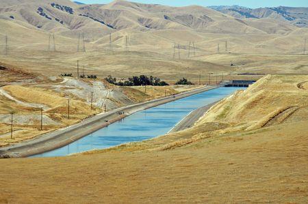 central california: Aqueduct, Central Valley, California Stock Photo