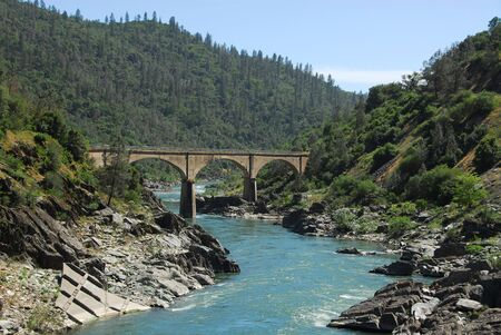 Bridge over the South fork of the American River in the Gold Country near Auburn, California Banco de Imagens