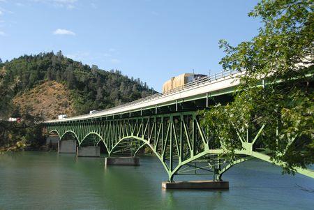 Interstate 5 bridge over Shasta Lake, Lakehead, California Standard-Bild