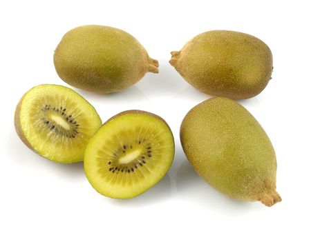 halved  half: Gold kiwis
