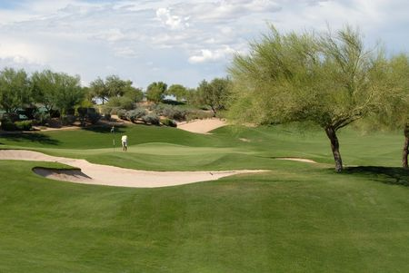Golfer making a putt, Scottsdale, Arizona photo