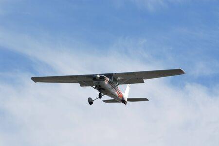 fixed wing aircraft: Light plane landing at Palo Alto Airport, California Stock Photo