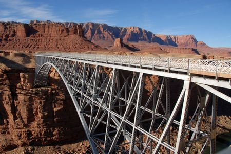 Pedestrian bridge over the Colorado River near Lee's Ferry, Arizona Standard-Bild