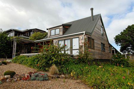 House and garden, Waiheke Island, New Zealand Banco de Imagens